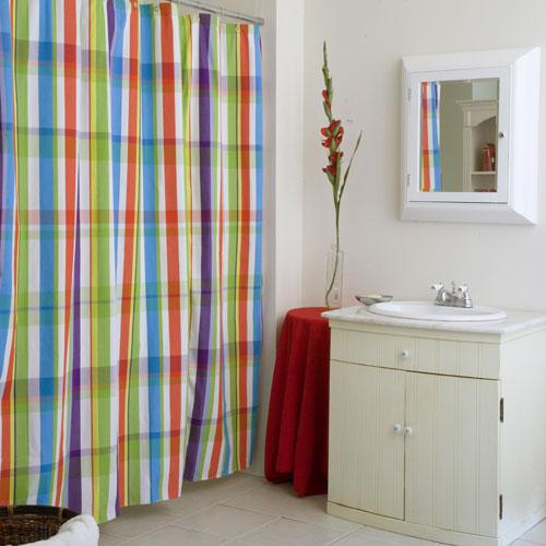 Стильная шторка для ванной