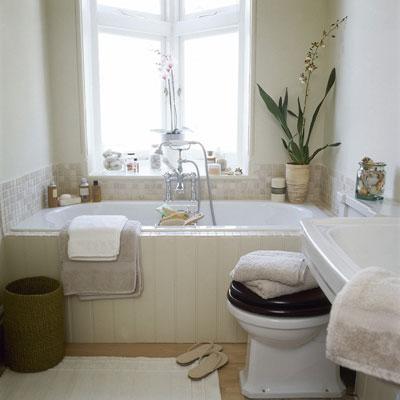 Дневное освещение в ванной комнате