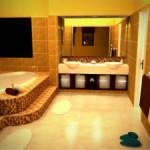 Большая ванная комната: особенности дизайна и зонирование помещения