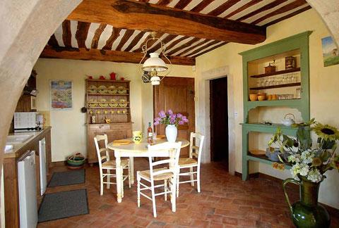 кухня и мебель в стиле прованс