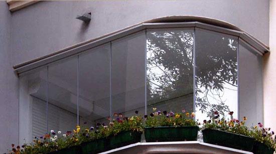 Финское остекление балконов имеет свои преимущества и недостатки