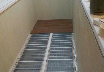 Установка системы теплого пола на балконе