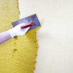 Декоративная штукатурка стен своими руками: выбор материала, подготовка, нанесение