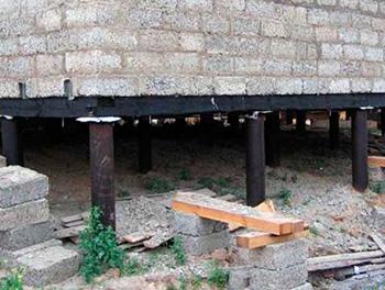 Фундамент на сваях для дома из пеноблоков