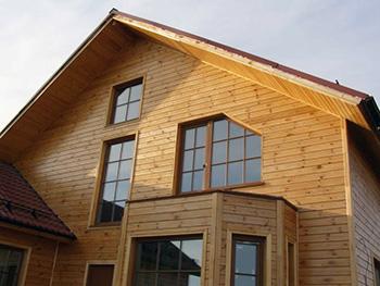 Облицовка дома имитацией бруса