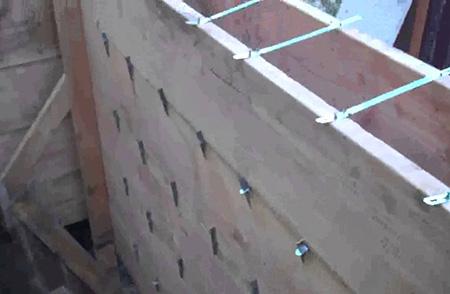 Опалубка для бетонного забора