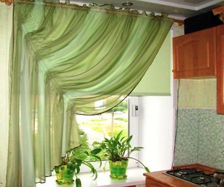 Штора на узкое окно на кухню