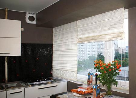 Рулонная штора для маленькой кухни