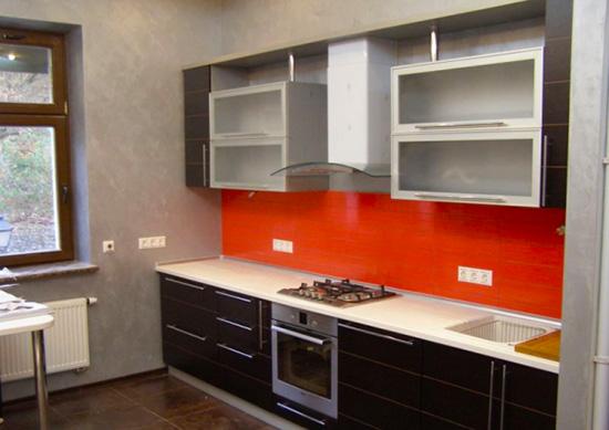 ... на какую оптимальную высоту поднять розетки на кухне, что нужно для  удобного подключения бытовых приборов без использования удлинителей или  тройников. 1fa86d26632