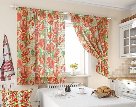 Яркие шторы с принтом