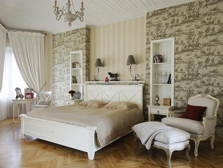 Вариант комбинирования обоев для спальни