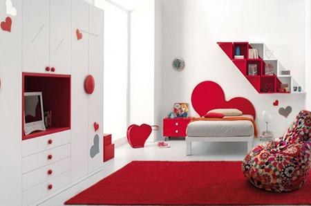 Красная спальня для девушки в романтичном стиле