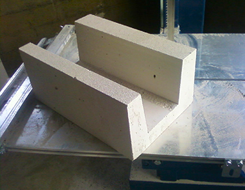 U-shaped foam block