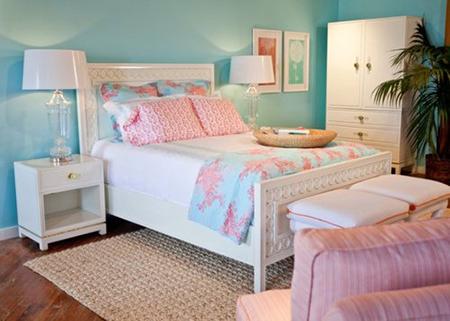 Голубой с розовым в спальне