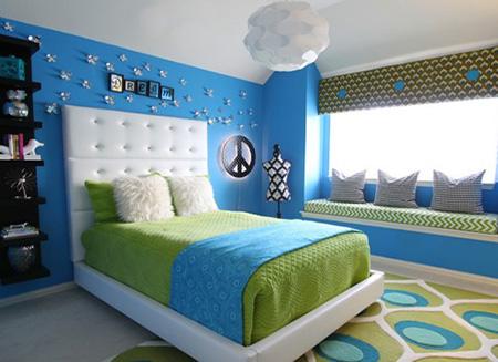 Сочетание синего и зеленого в спальне