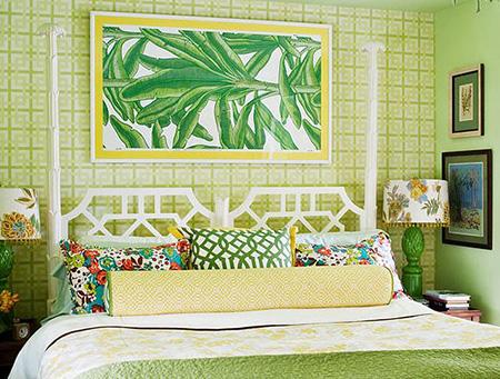 Зеленая спальня в тропическом стиле