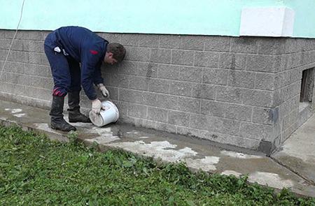 Ремонт бетонного основания отмостки