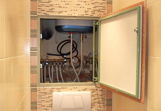 Как закрыть трубы в ванной и туалете
