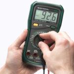 Как правильно измерить напряжение, сопротивление, силу тока мультиметром